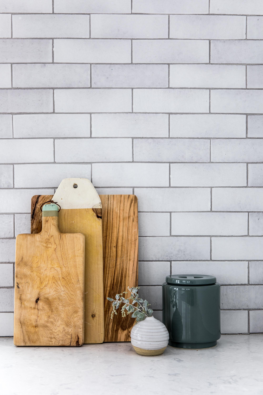 2018_Q1_image_residential_influencer_Fresh_Exchange_kitchen_backsplash_brick_cotton_detail_14.jpg
