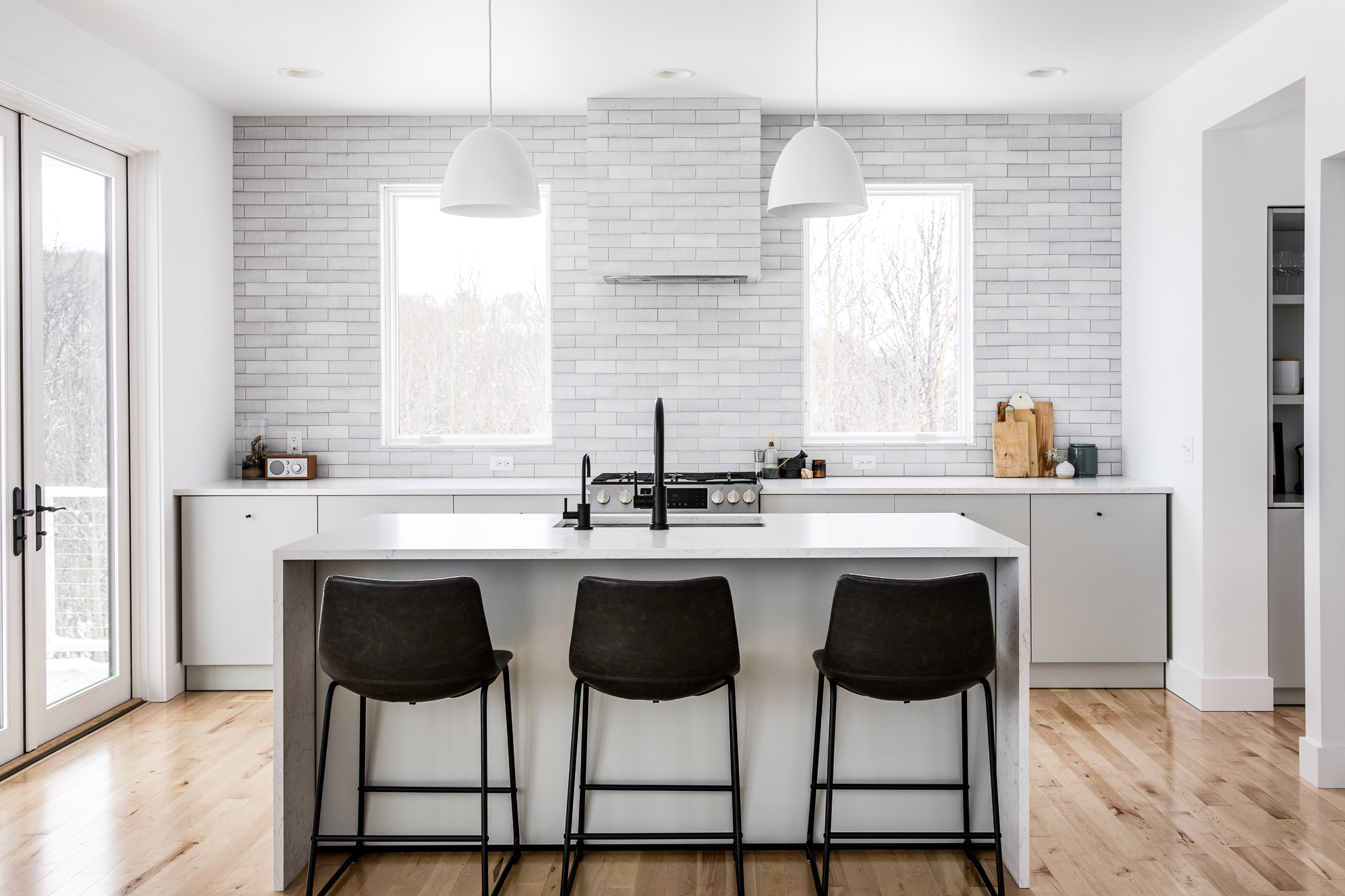 2018_Q1_image_residential_influencer_Fresh_Exchange_kitchen_backsplash_brick_cotton_full.jpg